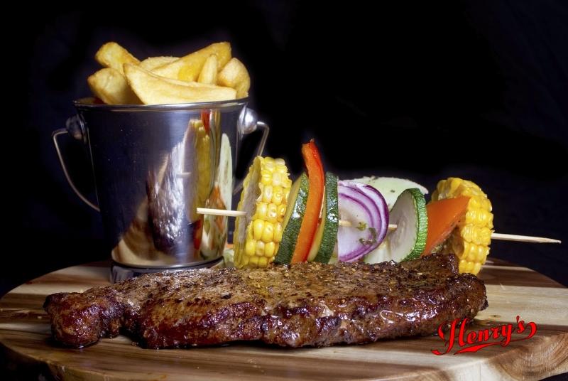 Henry's American Diner - Visit Hardenberg