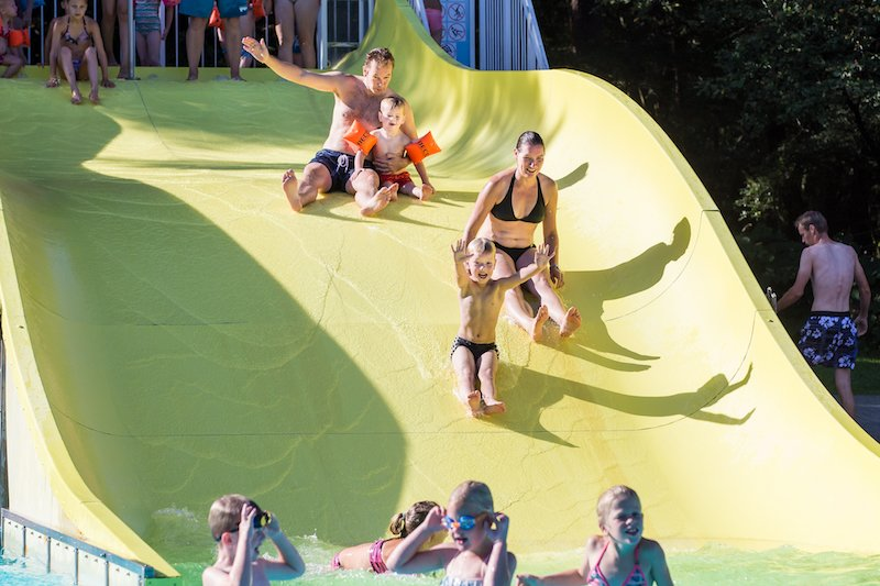Zomer zwembadspelen – spijkerbroekhangen - Visit Hardenberg