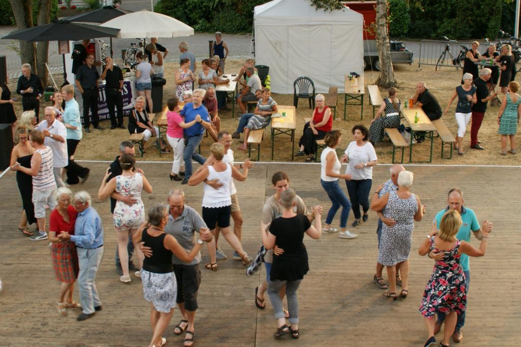 Dansen aan de Vecht (GAAT NIET DOOR) - Visit Hardenberg